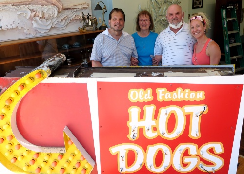 Old Fashion Hot Dogs Sorma Family2